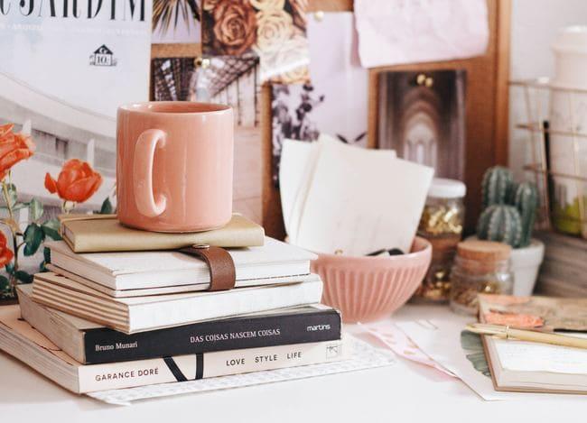 ピンクなカップとお部屋